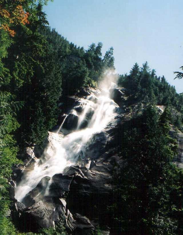 Zdjęcia: Vancouver, Shannon Falls Vancouver, KANADA