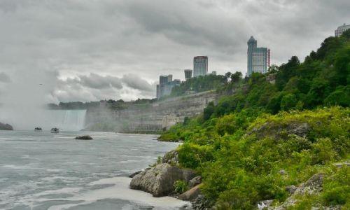 Zdjecie KANADA / Ontario / Niagara falls / Z drugiej strony oślepiało słońce :)