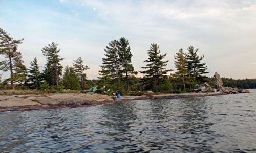 Zdjecie KANADA / Ontario / Park Matienda Provincial Park / Biwak na wyspie
