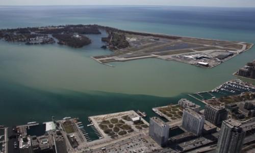 Zdjęcie KANADA / Ontario / Toronto / Lotnisko na wyspie