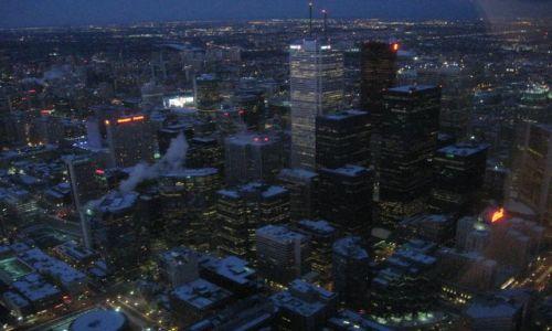 Zdjecie KANADA / Ontario / Toronto / miasto(a) nocą 2