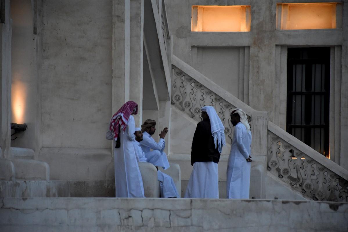 Zdjęcia: Gold Souq, Doha, Wieczorne poważne rozmowy, KATAR