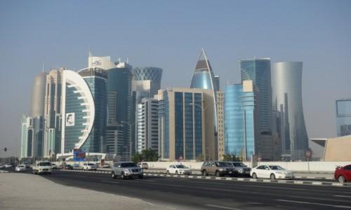 Zdjęcie KATAR / wschodnia część Półwyspu Arabskiego / Doha / Wieżowce