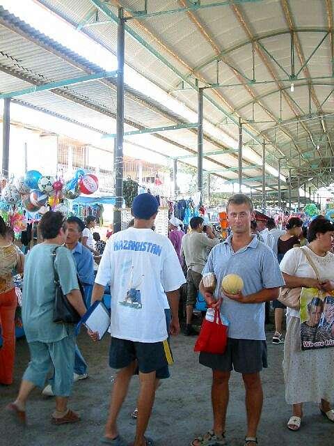 Zdjęcia: Turkistan, Kolejny bazar, KAZACHSTAN
