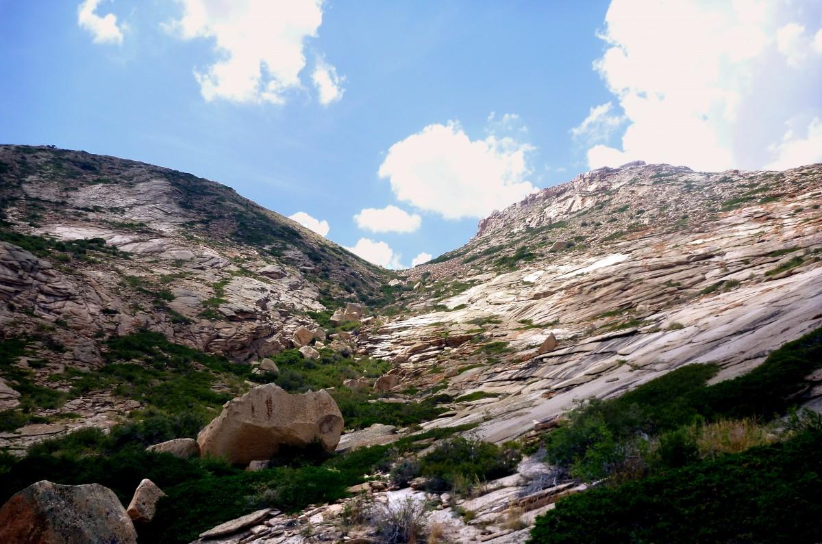 Zdjęcia: Bektau-Ata Trakt, 70 km na północ od Bałchasz, Przełęcz, KAZACHSTAN