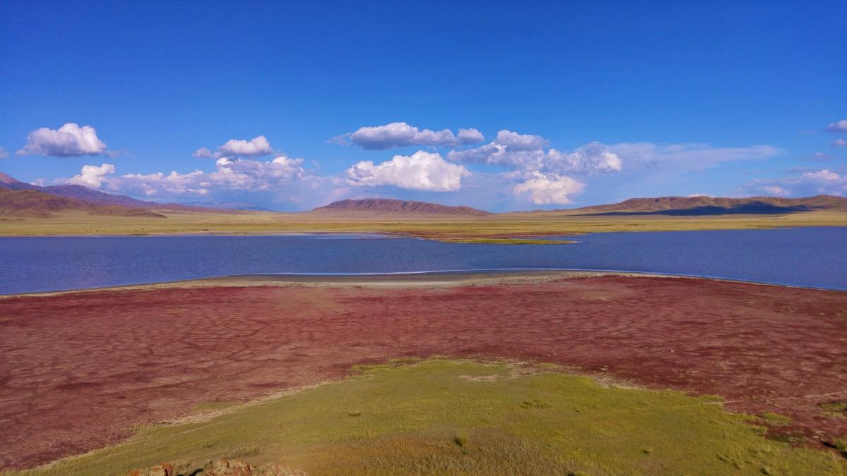 Zdjęcia: Jezioro Tuzkol, Południowo-wschodni Kazachstan, Słone jezioro Tuzkol, KAZACHSTAN