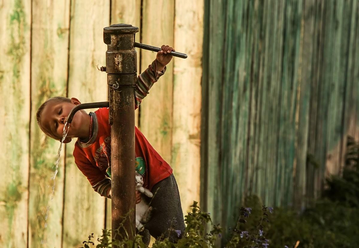 Zdjęcia: Katon Karagaj, obwód wschodniokazachstański, A w  Katon Karaj przy studni..., KAZACHSTAN