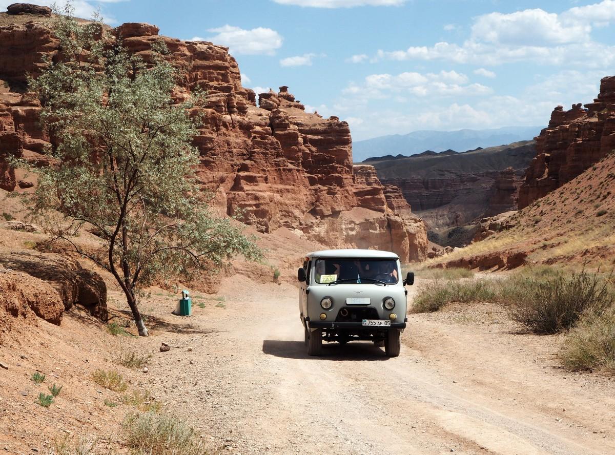 Zdjęcia: Kanion Szaryński, płd.-wsch. Kazachstan, Taxi, KAZACHSTAN