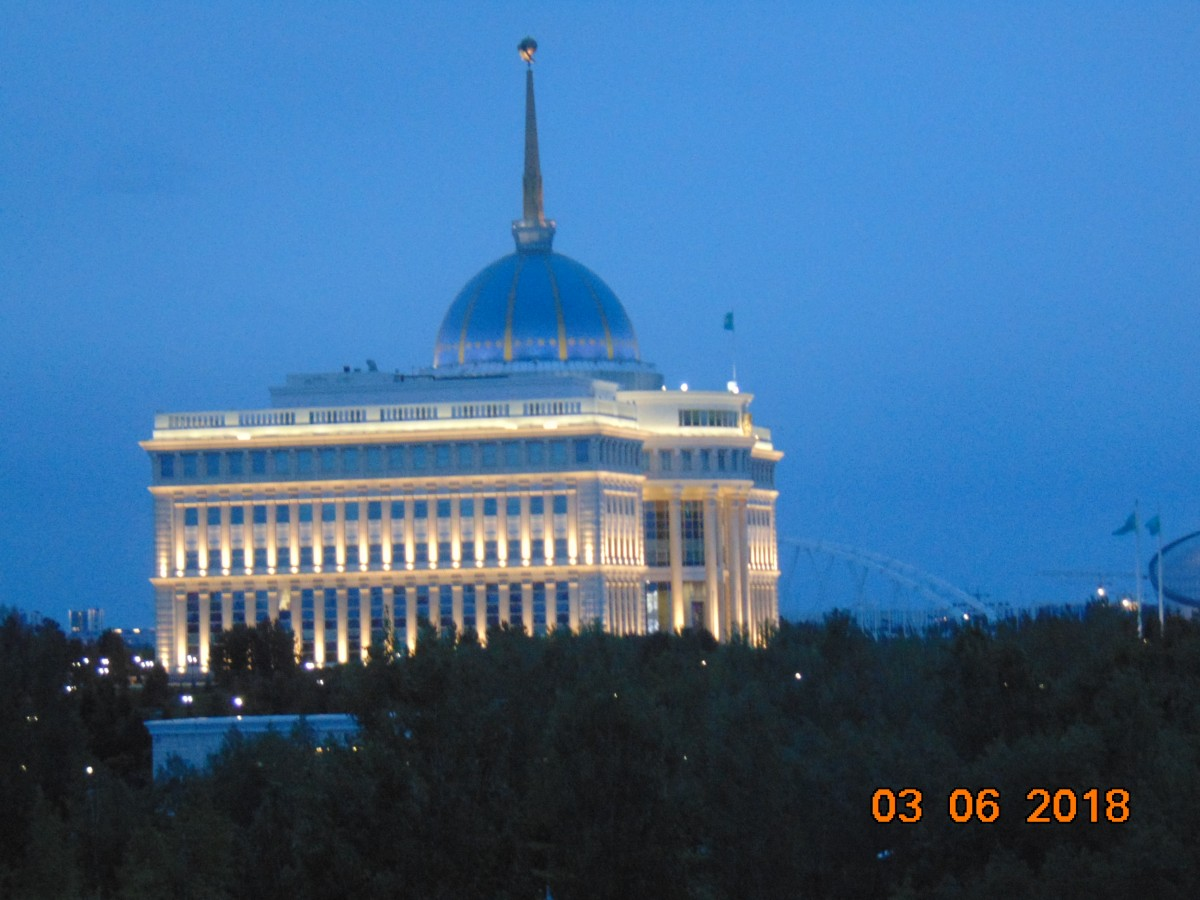 Zdjęcia: Nur Sultan ( Astana ), Stolica Kazachstanu, Palace Prezydenckie, KAZACHSTAN