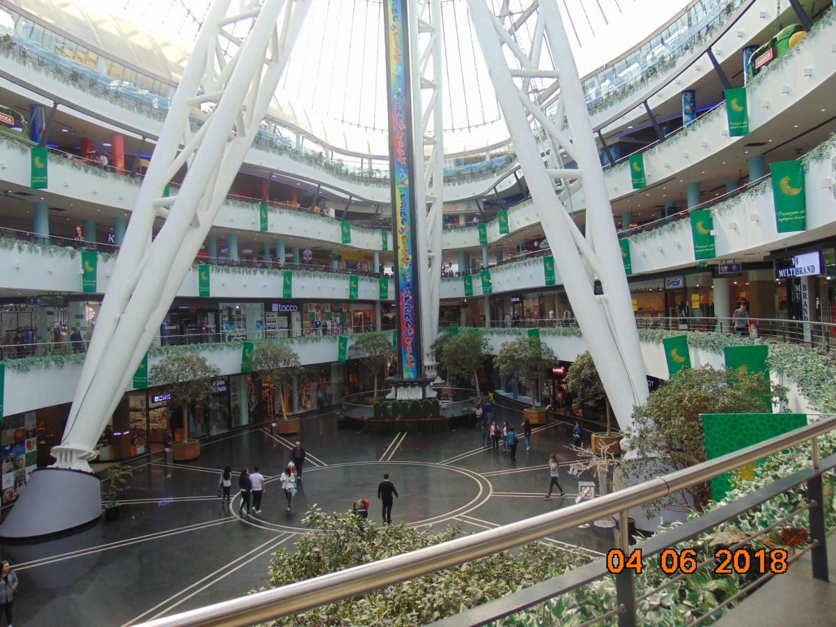 Zdjęcia: Nur Sultan ( Astana ), Stolica Kazachstanu, Handel i rozrywka, KAZACHSTAN