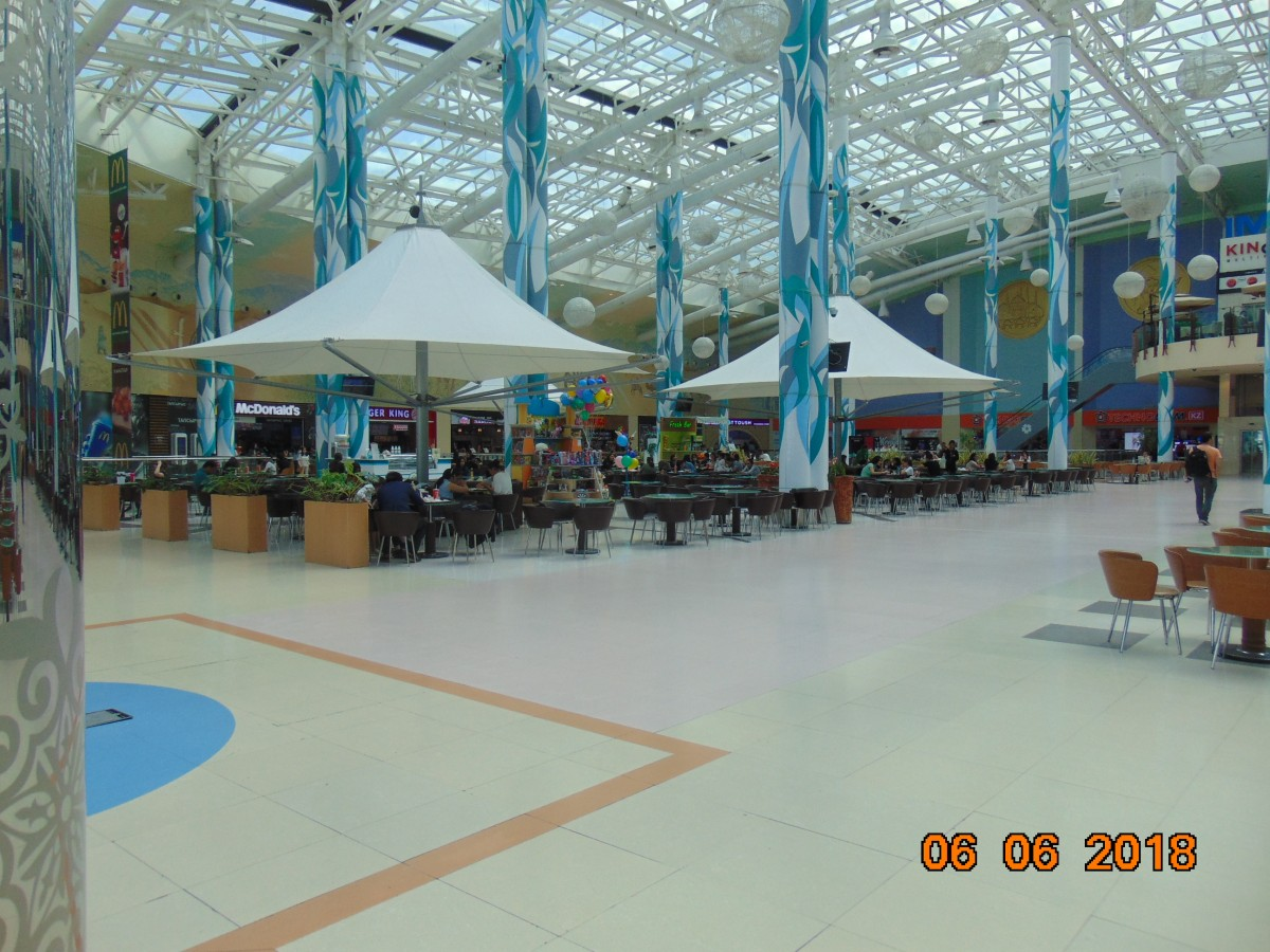 Zdjęcia: Nur Sultan ( Astana ), Stolica Kazachstanu, Kazachska kuchnia swiatowa, KAZACHSTAN