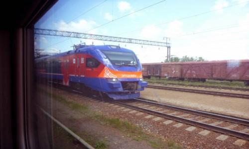 Zdjecie KAZACHSTAN / Wschód / Linia kolejowa Astana-Ałmaty / Ziuuuuuuu