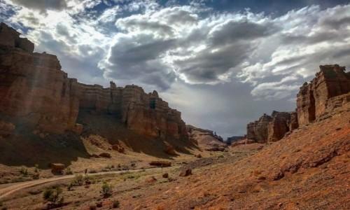 Zdjecie KAZACHSTAN / Almaty / Szaryn kanion / Sharyn canyon