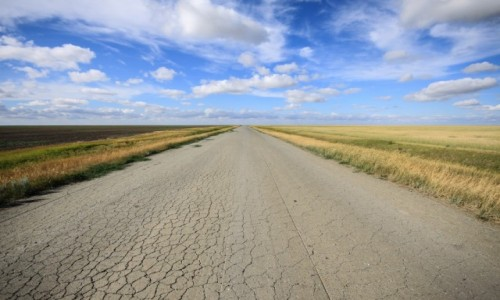 Zdjecie KAZACHSTAN / obwód kustanajski / droga / Droga przez step