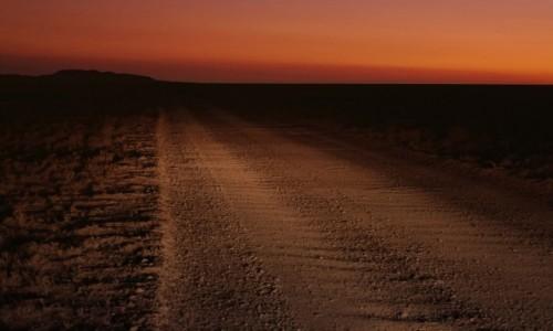 Zdjęcie KAZACHSTAN / ok. Aktiubińska / step / Zachód w drodze...