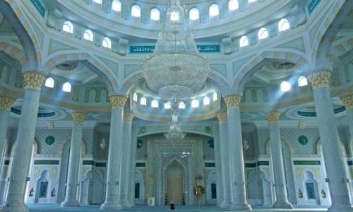 Zdjecie KAZACHSTAN / Astana / Hazrat Sultan Mosque / Największy meczet Centralnej Azji