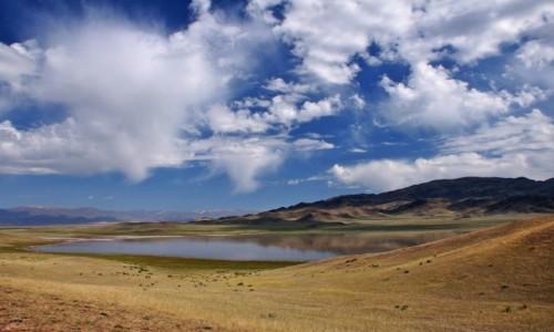 Zdjecie KAZACHSTAN / Południowo-wschodni Kazachstan / Jezioro Tuzkol / Nad jeziorem Tuzkol
