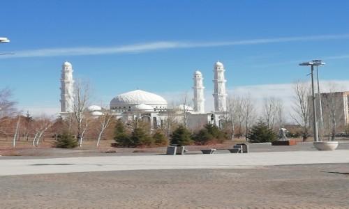 Zdjecie KAZACHSTAN / - / Astana / Kazachstan wiosną