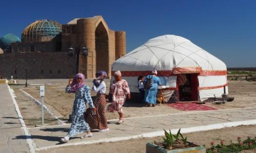 Zdjęcie KAZACHSTAN / płd. Kazachstan / Turkiestan / Zwiedzamy