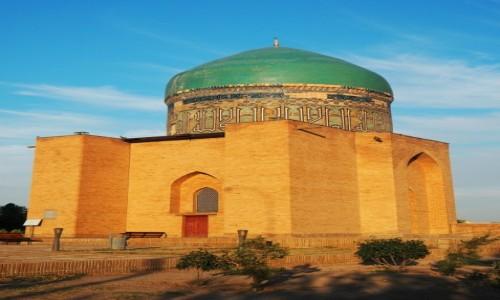 KAZACHSTAN / płd. Kazachstan / Turkiestan / Mauzoleum