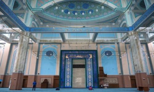 KAZACHSTAN / płn. Kazachstan / Astana / Meczet Nur-Astana
