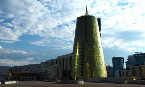 Zdjęcie KAZACHSTAN / płn. Kazachstan / Astana / Centrum biznesowe