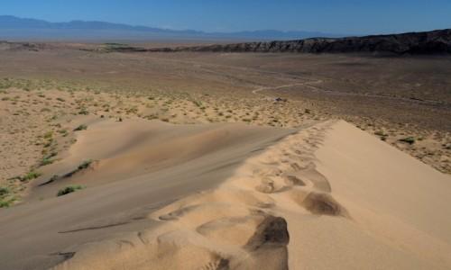 KAZACHSTAN / płd.-wsch. Kazachstan / Park Narodowy Ałtyn Emel / Śpiewająca wydma