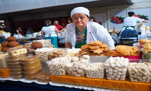 Zdjecie KAZACHSTAN / płd.-wsch. Kazachstan / Ałmaty / Bazar w Ałmaty