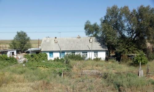 Zdjecie KAZACHSTAN / Obwód żambylski / - / Wiejski dom