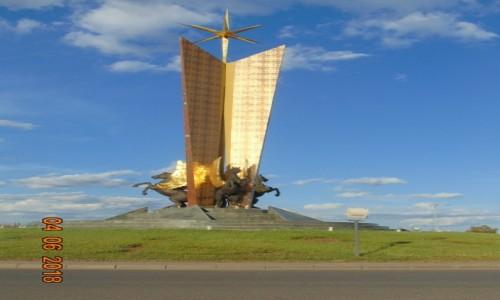 Zdjecie KAZACHSTAN / Stolica Kazachstanu / Nur Sultan ( Astana ) / Wielkosc robi wrazenie