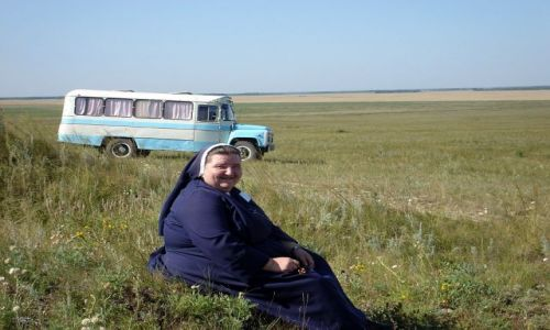 Zdjecie KAZACHSTAN / Płn.Kazachstan / step / polska zakonnica