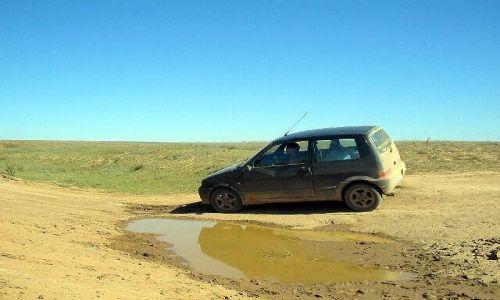 KAZACHSTAN / brak / Makat / 386 km drogi bez drogi