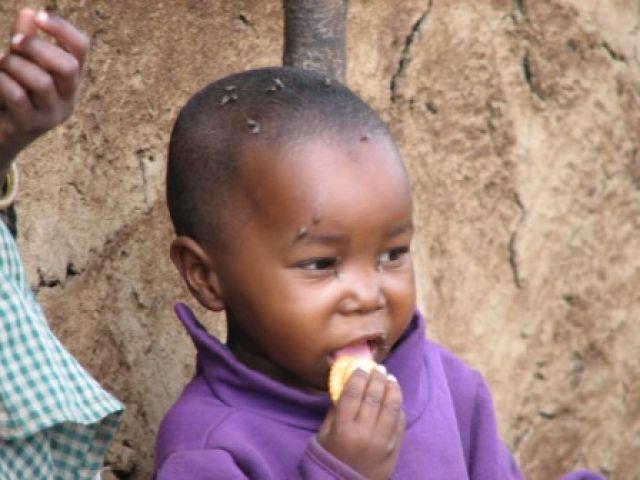 Zdjęcia: wioska Masajow, Masaj-Mara, pychota..., KENIA