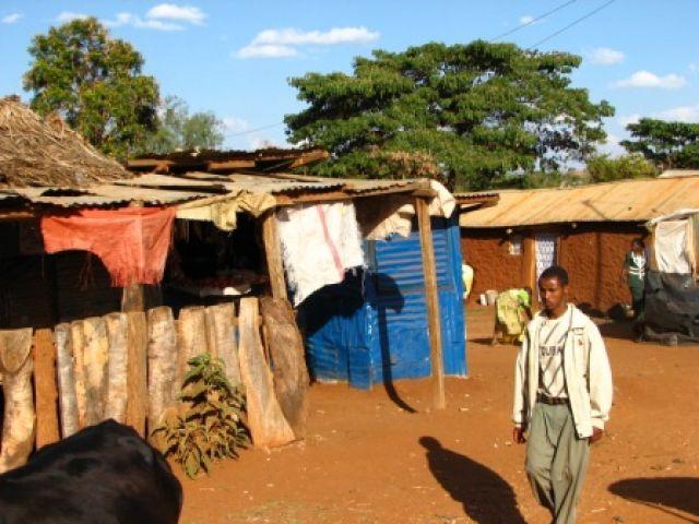 Zdj�cia: miasteczko, typowe miasteczko, KENIA