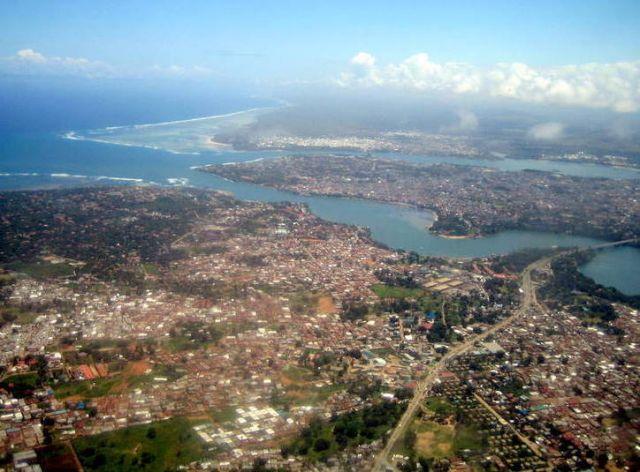 Zdjęcia: awionetka, Mombasa, Lot nad Mombasą 2, KENIA