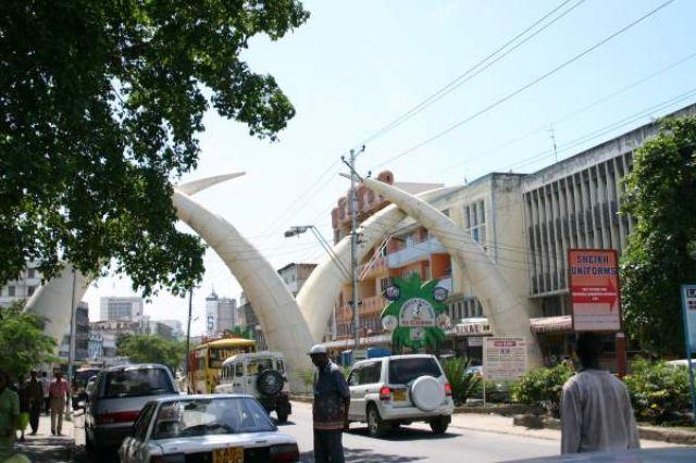 Zdjęcia: Mombasa, wybrzeże, Brama w Mombasie, KENIA