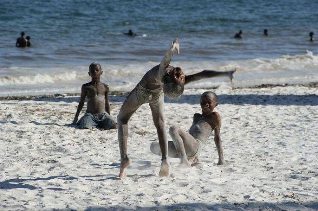 Zdjęcia: Mombasa, na plaży Nyali, KENIA