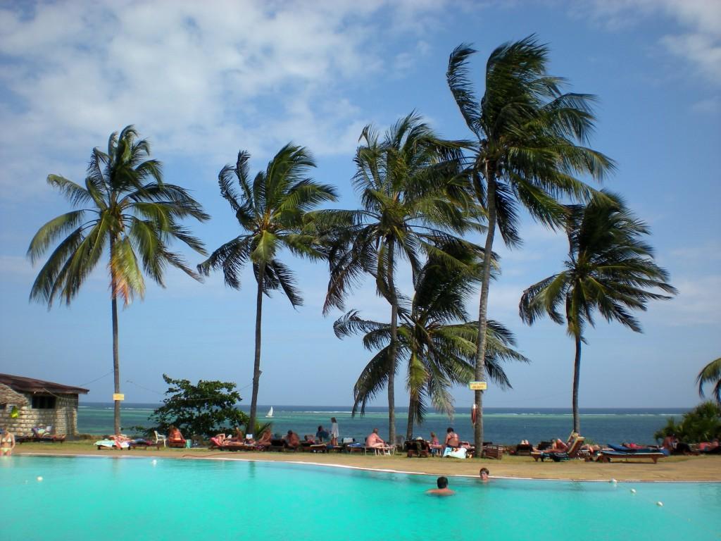 Zdjęcia: koło Mombasy, płd Kenia, hotel Reef, KENIA