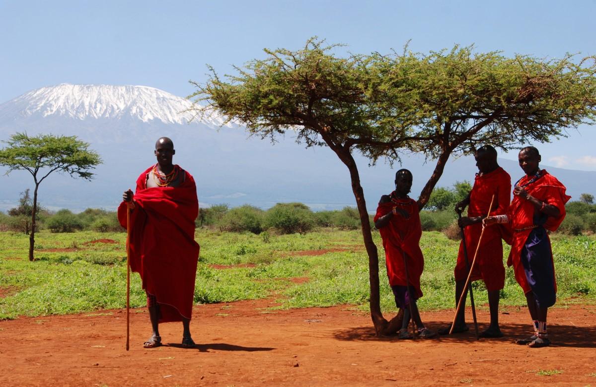 Zdjęcia: Park Narodowy Tsavo, Między Nairobi a wybrzeżem, U stóp Kilimandżaro, KENIA