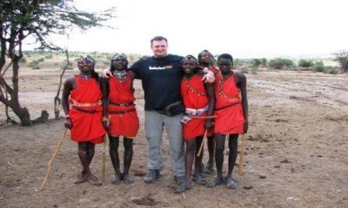 KENIA / Masaj-Mara / wioska Masajow / mali masaje..