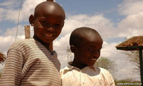 Zdjecie KENIA / Tsavo East / Tsavo East / Dzieci , Voi Gate to Tsavo East