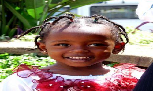 Zdjecie KENIA / Centralna Kenia / NAirobii / Uśmiech