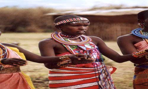 Zdjecie KENIA / Masai Mara / Wioska Masajów / Masajska Piekność
