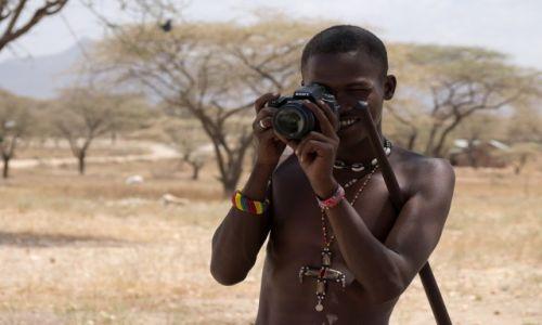 Zdjecie KENIA / NP Samburu / wioska Samburu / Reklama SONY