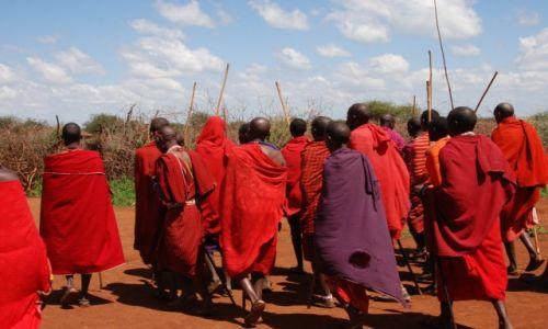 Zdjecie KENIA / między Nairobi a wybrzeżem / okolice Kajiado / Masajowie
