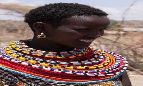 Zdjecie KENIA / NP Samburu / NP Samburu / Dziewczyna z plemienia Samburu