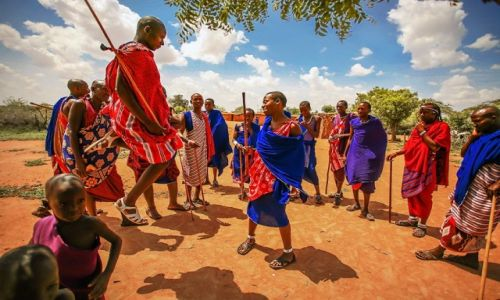 Zdjęcie KENIA / Masai Village / Kenia / Lion dance