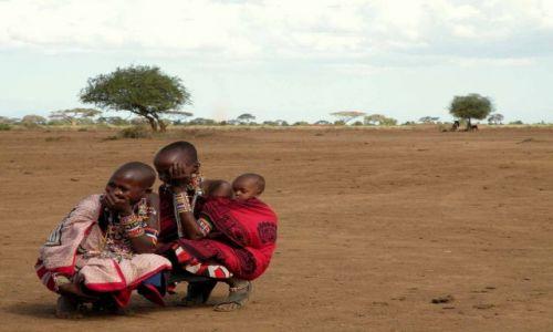 Zdjecie KENIA / Mombasa / Tsavo East / Babskie ploteczki