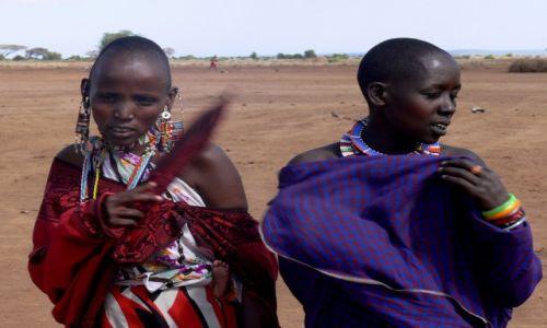 Zdjęcie KENIA / Amboseli / wioska masajska / Masajki