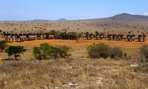 Zdjęcie KENIA / Kenia Wschodnia / Tsavo East / Hotel na sawannie